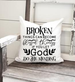 Pillow 40cm x 40cm - Broken Things